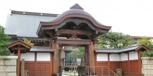 成覚寺山門